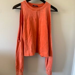 Zara / Cold Shoulder / Cropped / Sweatshirt